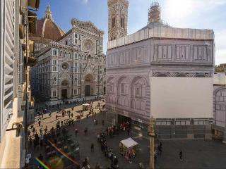 DUOMO  Studio (dx)- (6) - Florence vacation rentals