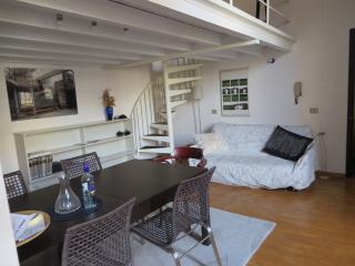 SANTO SPIRITO B (sx ) -  quiet and cozy  (18) - Florence vacation rentals