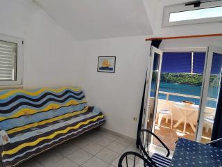 Apartments Livia - apartment Yellow in nature park - Pasadur vacation rentals
