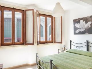MICHELANGELO - Mercato Centrale (15) - Florence vacation rentals
