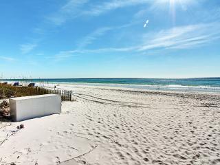 Gulf Terrace 181-2BR-LakeView-RJ Fun Pass- AVAIL5/30-6/2 *Walk2Beach - Destin vacation rentals