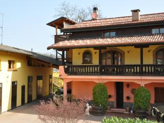 Bright 4 bedroom Varese Resort with Internet Access - Varese vacation rentals