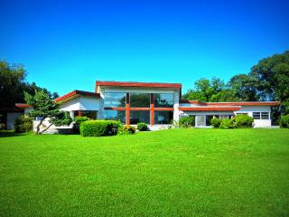 Mid-Century Modern Lakefront Estate: Bay & Beach - Norfolk vacation rentals