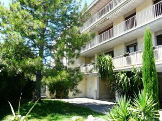 Holiday rental Two-room apartments Aix En Provence (Bouches-du-Rhône), 85 m², 870 € - Aix-en-Provence vacation rentals
