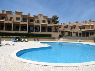 Townhouse Xuxu - Albufeira vacation rentals
