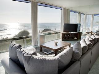 Stunning Windansea Oceanfront (A) - La Jolla vacation rentals