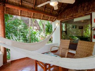Garden Suite 121.Bungalow garden view. Fully equipped.On downtown. - Quintana Roo vacation rentals