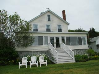 Charming House with Deck and Dishwasher - Boothbay vacation rentals