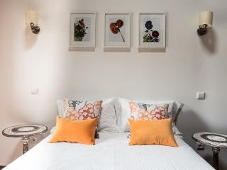 Casa Soares - Estúdio Amor Perfeito - Santa Maria da Feira vacation rentals