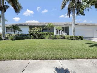 Spinnaker Dr 565 - Marco Island vacation rentals