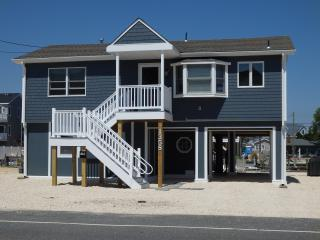 Newly Renovated Beach House on Lagoon - Beach Haven West vacation rentals