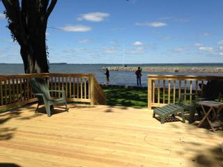 Boating/Fishing Gem #2 on Oneida Lake near Syr, NY - Syracuse vacation rentals