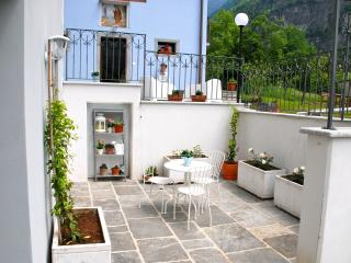 Perfect Townhouse with Television and Wireless Internet - Premia vacation rentals