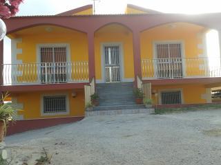 Casa vacanza, azienda agricola Ortaggi La Terra - Punta Secca vacation rentals
