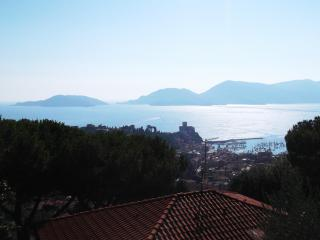 Stunning View and garden - One month minimum stay - Lerici vacation rentals