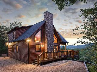 Wonderful Cabin with Deck and Internet Access - Mineral Bluff vacation rentals