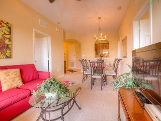Bright and cheery 3-bed, 2-bath condo with balcony and plenty of space! - Orlando vacation rentals