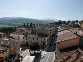 Palazzo Mattei B&B and charming rooms - Novafeltria vacation rentals