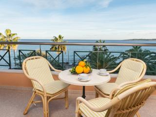 XÈNIA E - Property for 4 people in Cala Millor - Cala Millor vacation rentals