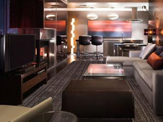Luxury 1220 sq.ft. One Bedroom Suite with balcony - Las Vegas vacation rentals
