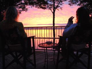 Locke's Glen on the Lake - Geneva vacation rentals