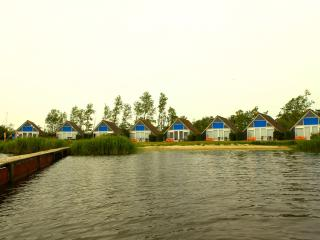 De Lauwer Bungalows - Lauwersoog vacation rentals