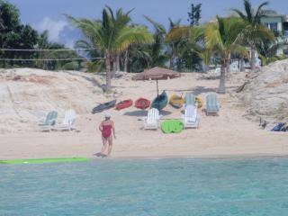 Nice Villa with Deck and Internet Access - Eleuthera vacation rentals