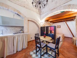Suite San Pietro Noci Zona Alberobello - Noci vacation rentals
