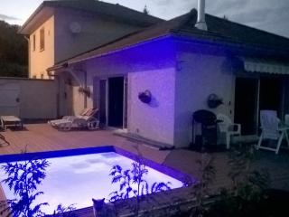 Bright 3 bedroom Villa in Hauteville-Lompnes with Internet Access - Hauteville-Lompnes vacation rentals