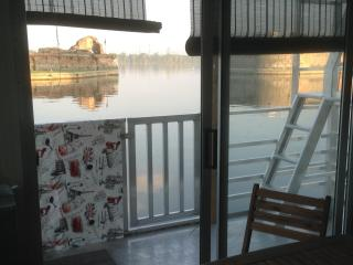 house boat appartamento galleggiante - Mantova vacation rentals