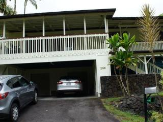 Wonderful 3 bedroom Hilo House with Internet Access - Hilo vacation rentals