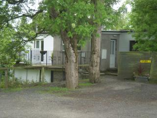 Romantic 1 bedroom House in Randalstown with Internet Access - Randalstown vacation rentals