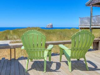 Modern, oceanfront cabin w/ stunning ocean views & nearby beach access! - Pacific City vacation rentals