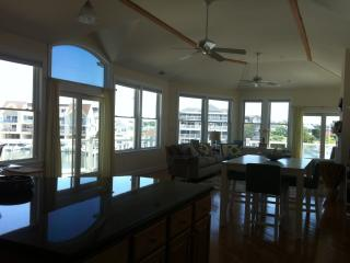 Comfortable 5 bedroom Townhouse in Cape May - Cape May vacation rentals