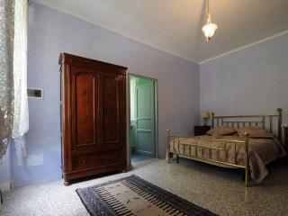 Romantic 1 bedroom B&B in Marradi with Internet Access - Marradi vacation rentals