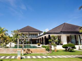 Deluxe 5* beach villa with tennis court - Lovina vacation rentals