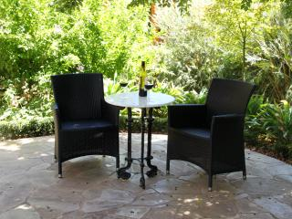 2 bedroom Private room with Deck in Adelaide - Adelaide vacation rentals