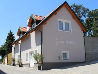 2 bedroom Apartment with Deck in Mautern an der Donau - Mautern an der Donau vacation rentals