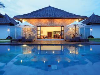 Beautiful 4 bedroom Villa The Jiwa - Tanjung vacation rentals