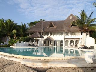 Msambweni Beach House & Private Villas - Msambweni vacation rentals