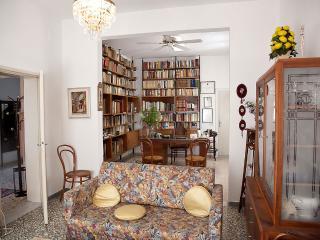 Nice 8 bedroom Abbadia di Montepulciano Lodge with Dishwasher - Abbadia di Montepulciano vacation rentals