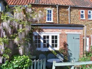 Vintage-style Norfolk Retreat with Cottage Garden - Snettisham vacation rentals