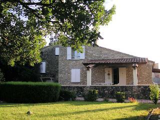 Stone house 9p at the foot of the Mont Ventoux Entrechaux Vaucluse - Entrechaux vacation rentals
