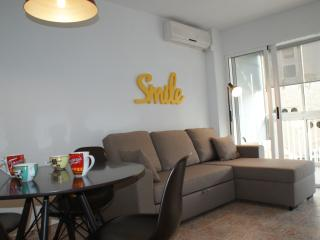 Lovely Condo with A/C and Shared Outdoor Pool in Campello - Campello vacation rentals