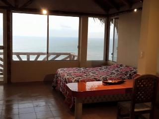 Suite for rent in front of the beach. - Santa Marianita vacation rentals