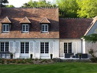 Exceptional property,  by forest, golf,  30' Paris - Feucherolles vacation rentals