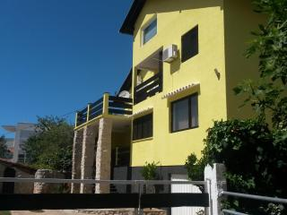 Apartmani Galić-Borik-Zadar - Zadar vacation rentals