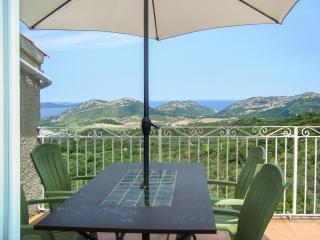 Stunning villa apartment in Barbaggio w/ BBQ terrace, kids' pool, WiFi, mountain- & sea views - Barbaggio vacation rentals