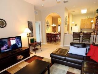 3 Bedroom 2 Bathroom 3rd Floor Condo with Pool View 615RR-32 - Orlando vacation rentals