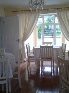 Nice B&B with Internet Access and Long Term Rentals Allowed - Ballaghaderreen vacation rentals